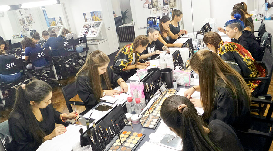 MUD Studio Italia - Make Up Designory LEVEL I - Corrective Beauty